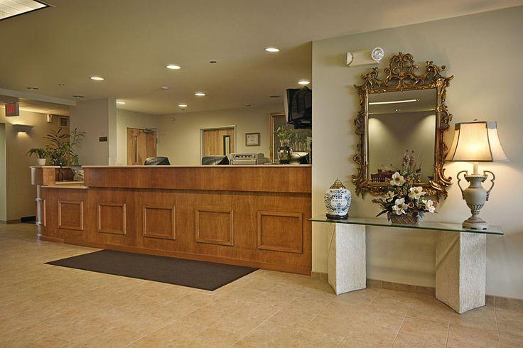 Super 8 Hagerstown/Halfway Area hotel lobby in Hagerstown, Maryland