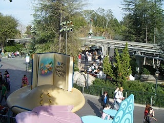 The scoop on Disneyland attendance trends. Great for planning your next vacation.