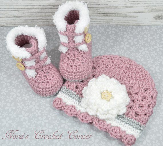 63e459056a5 Crochet Baby Girl Fur Trim Boots and Hat with Flower 321