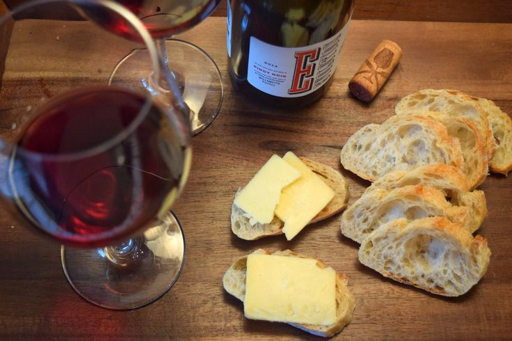 Wine Wednesday! We're pairing our Smokey Cheddar with a medium-bodied Pinot Noir.
