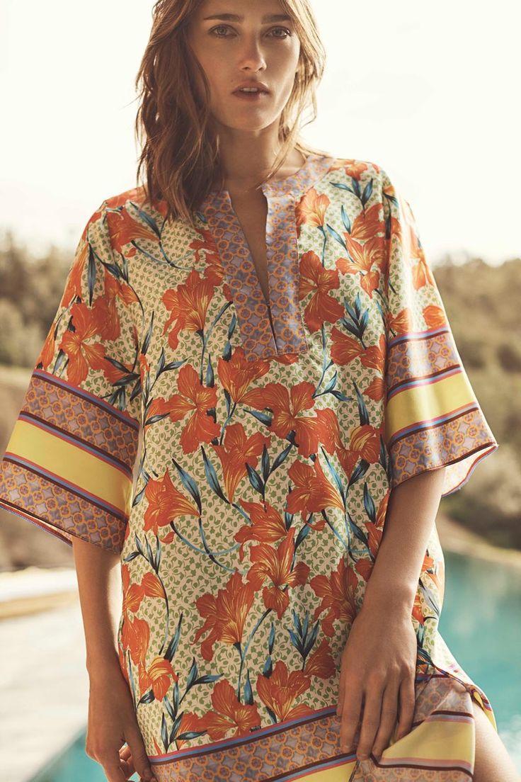 Karmen Pedaru models printed tunic from Zara Home Beachwear