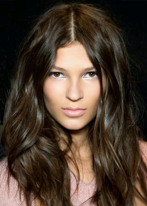 Best 25+ Natural brown hair ideas on Pinterest   Brown eyes brown hair, Medium brown hair and ...