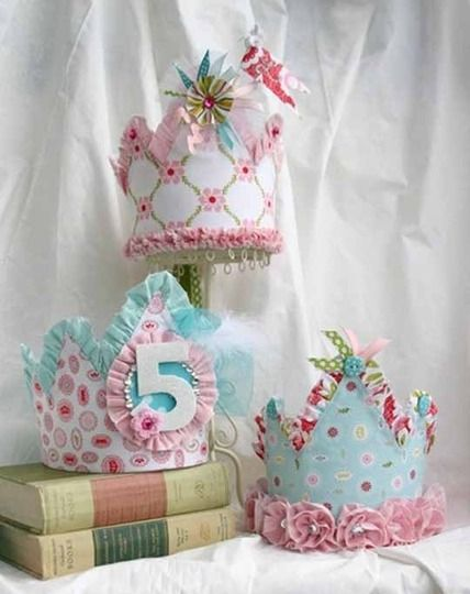 Diy crowns would make great birthday girl princess party hat!