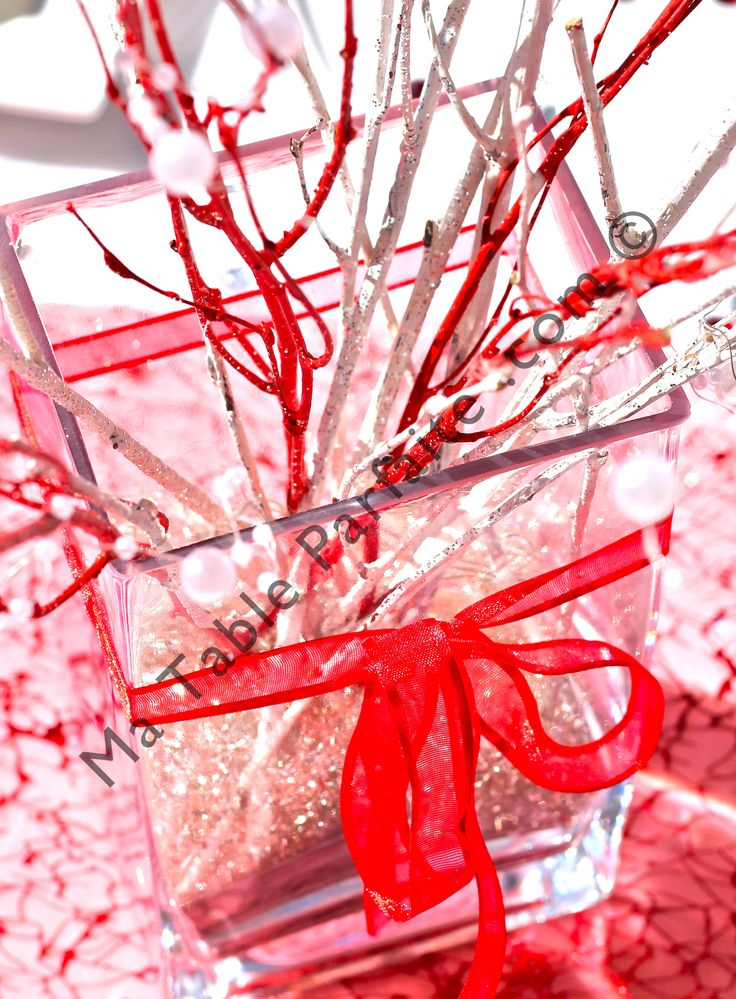 105 best d co de table rouge et blanc images on pinterest for Table noel rouge