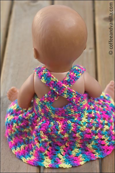 Crochet Dolls Dress ... Shift+R improves the quality of this image. Shift+A improves the quality of all images on this page.