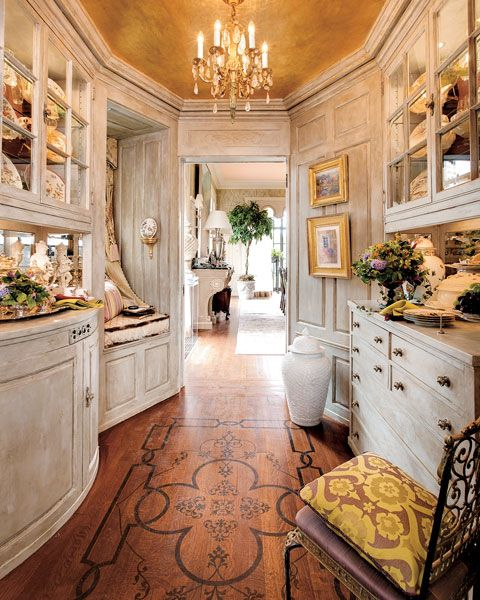 Butler Pantry I Love Everything About This Room The Design On Floor Find Pin And More English Cottage Interiors