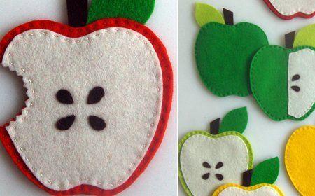 Posavasos en fieltro con forma de manzana ¡Haz click en la imagen para conocer el tutorial de www.LasManualidades.com!