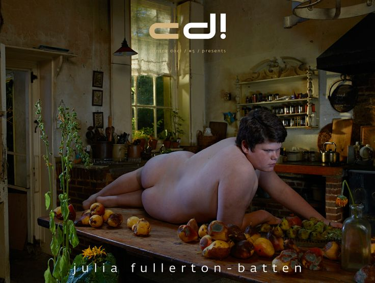 contra doc! presents: Julia Fullerton-Batten - I WANT TO GIVE THE VIEWER A VISUAL FEAST (interview; cd! #5, pp. 9-21) & UNADORNED (photo series; cd! #5, pp. 22-43)
