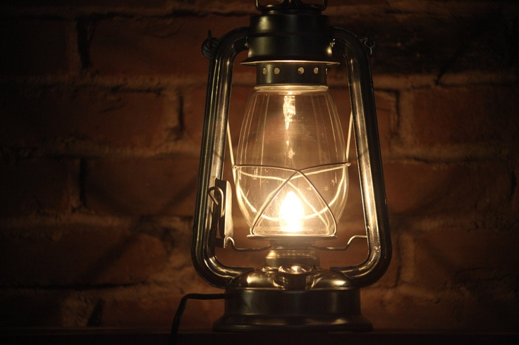 converted kerosene oil lamp to electric - just what the hp room needed