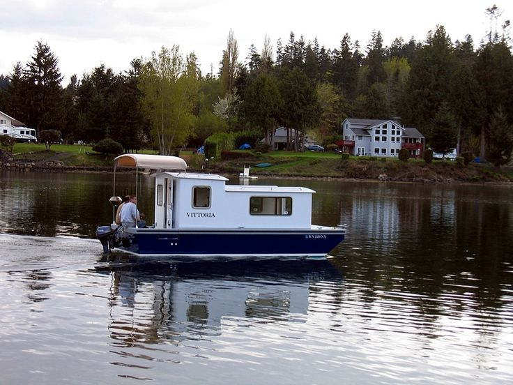 This Guy Is A Really Famous Boat Builder. Such A Great Design For A Small  Cruiser Houseboat