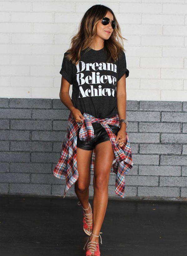 julie-sarinana-t-shirt