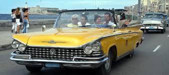 Llegó la hora de recorrer La Habana y CubaGlance tiene la opción perfecta. AMERICAN CARS HIGHLIGHT propone al visitante recorridos en autos clásicos, convertibles o con techo. Además tendrá la oportunidad de conocer y disfrutar de las hermosas ciudades de Cienfuegos y Trinidad…Paquete diseñado para 4 días, un tour plus con costo de 2500.00 CUC x PAX