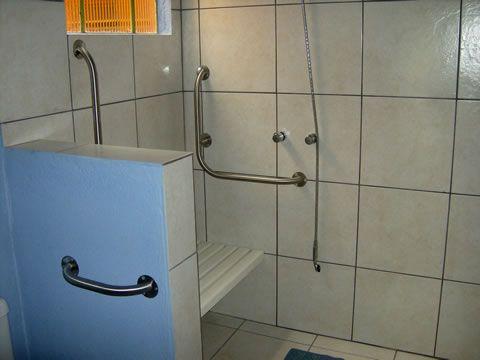 ... de casal, totalmente adaptado para cadeirante com banheiro privativo