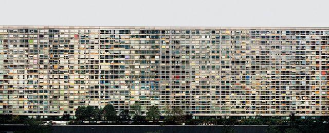 From White Cube, Andreas Gursky, Paris, Montparnasse (1993), C-print, 187 × 427 4/5 × 6 1/5 cm