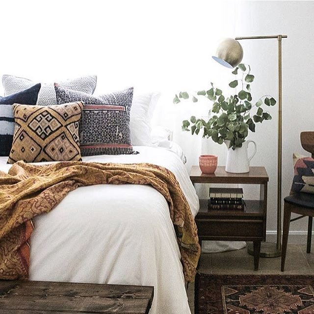 It's 5 o'clock and I'm raisin' one to our #howyouhome winner this week, @collectivco! This beautiful shot of her bed all layered in various textiles is making me SO excited for her upcoming shop opening in November! Check back in on Monday when we announce next week's theme! Your hosts, @cassie_bustamante @restored_haven_design @sweet_domicile @eclectic.leigh @kismet_house @chelsea_stylemutthome and a huge thank you to our guest host this week, @undecorated_home!