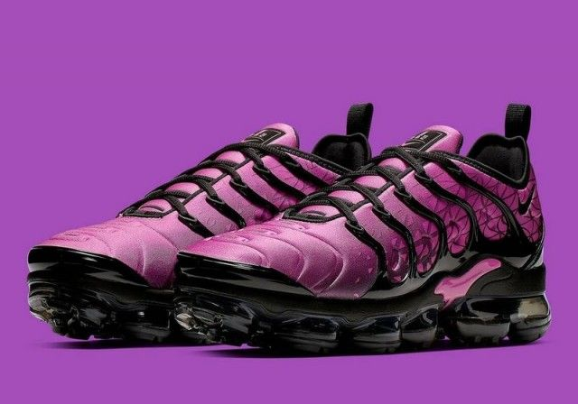 Nike Air Vapormax Plus Purple Black Women S Running Shoes Womens Running Shoes Running Women Nike Air Vapormax