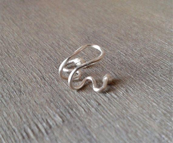 Famoso Oltre 25 fantastiche idee su Trago orecchini piercing su Pinterest  QW08