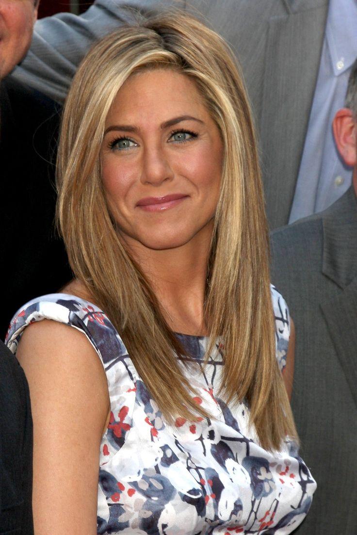 Jennifer aniston floral cap sleeve dress honey blonde hair photo