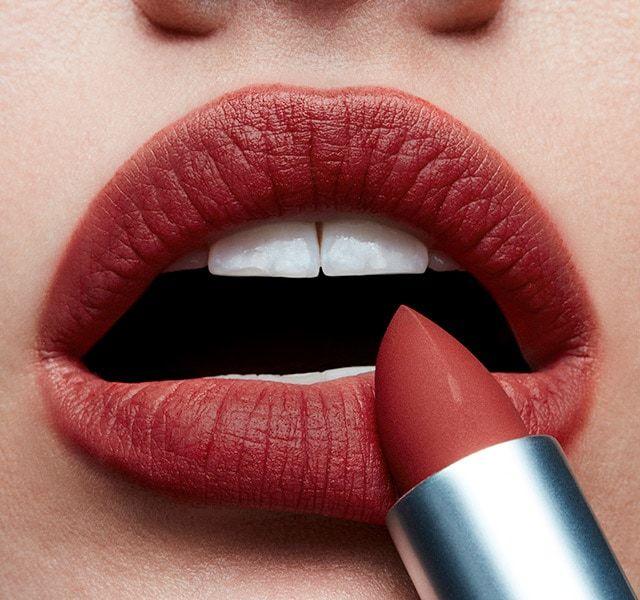 MacCosmetics Mac MATTE Lipstick CHILI