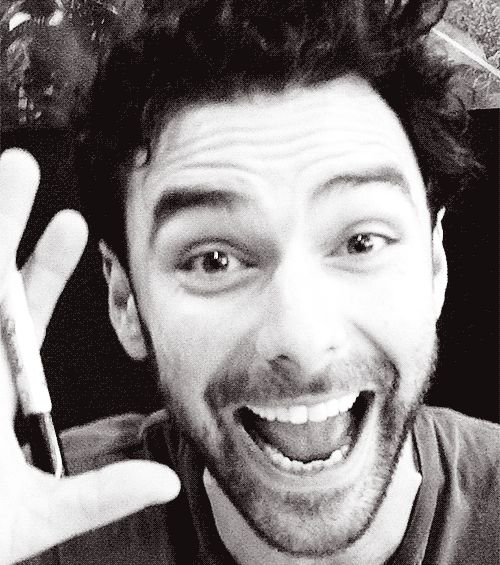 Aidan Turner Daily // Well, there's a lovely gif! ^_^