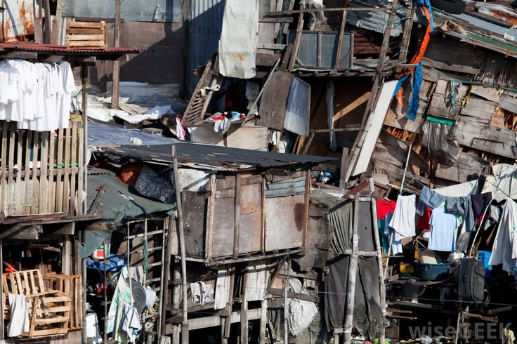 makeshift housing in phillipines