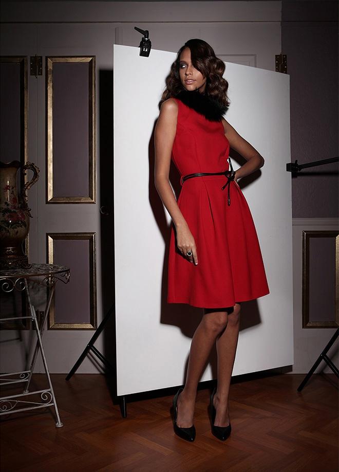 Zeki Triko Elbise Markafoni'de 499,99 TL yerine 139,99 TL! Satın almak için: http://www.markafoni.com/product/3453737/