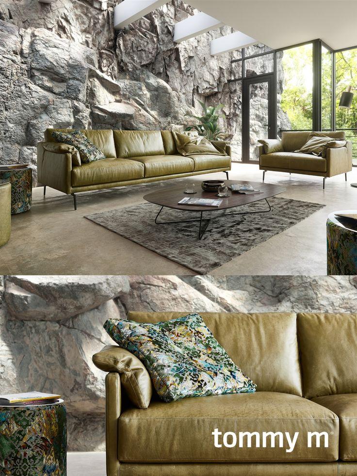 Tommym Sofa Tiffany Traumhafter Materialmix Aus Leder Diesel Und Stoff Designers Guild Bardiglio Gartenmobel Sets Aussenmobel Sofa