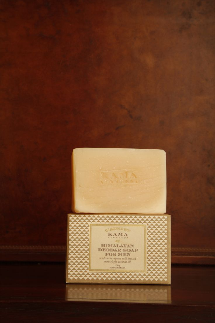 A fresh, deodorizing body soap with clarifying and toning goodness of pure Himalayan Deodar and Apricot oils.