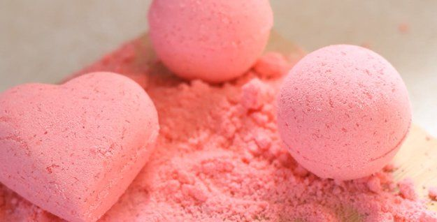How to Make Easy DIY Bath Bombs by DIY Ready at  http://diyready.com/how-to-make-diy-bath-bombs/