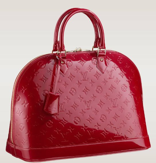 Any fashionista will like to own a Louis Vuitton handbag for themselves. As the brand is also a very popular piece all those who are fond of shopping online can surely go for louis vuitton handbags. But before purchasing any handbag you have to make sure that the bag suits your persona. http://www.luxtime.su/louis-vuitton-handbags