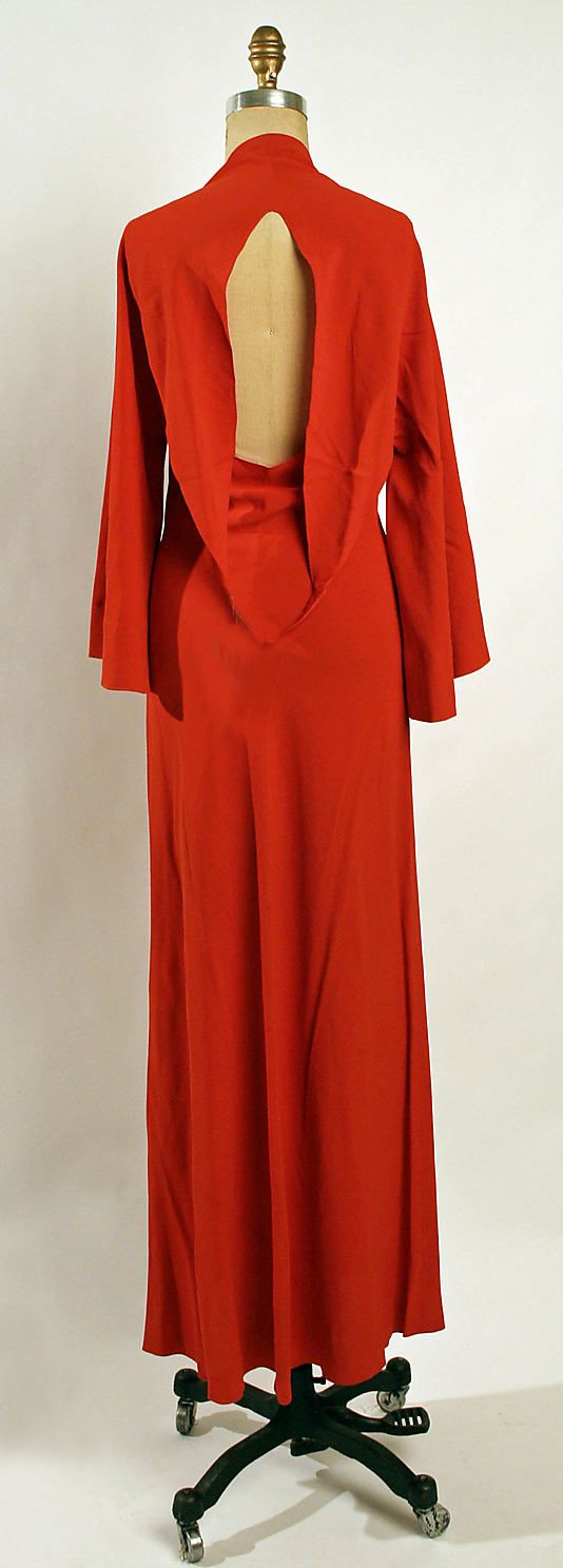 Evening dress Madeleine Vionnet Date: ca. 1936 Culture: French Medium: silk Accession Number: 1978.278.3a, back view