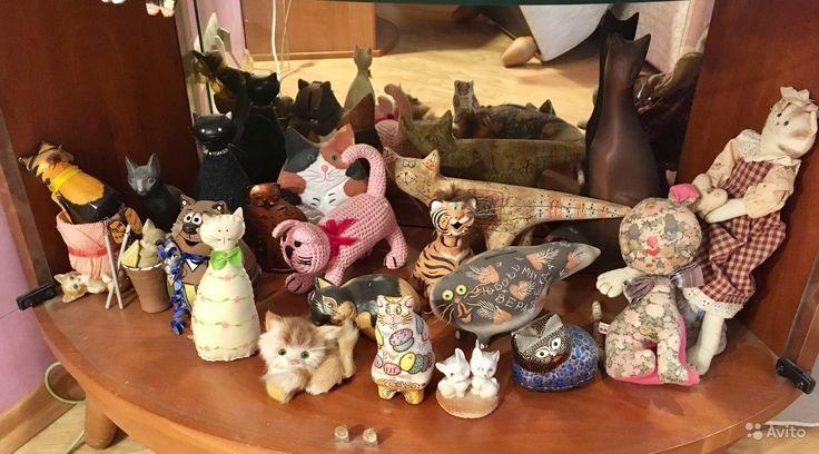 Витрина зеркальная с подсветкой + коллекция котов — фотография №5