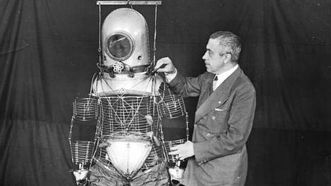 5 de noviembre de 2013: Emilio Herrera, el olvidado español que «inventó» el traje espacial.