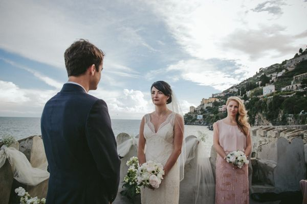 A beautiful wedding on #AmalfiCoast Italy, see more here http://www.love4wed.com/amalfi-coast-wedding/ #Rebeccaschoneveld #Amalficoastweddings #destinationweddingsinitaly