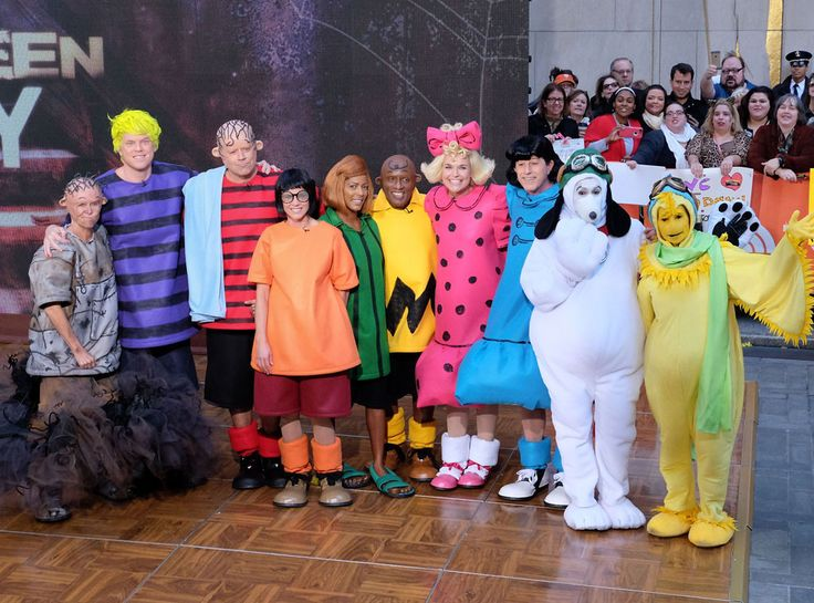 Today Show, Halloween NUTS FOR PEANUTS The co-hosts dress up as Charles Schulz's famous comic book characters for Halloween 2015.