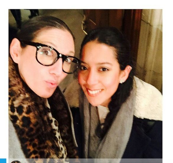 #Jcrew's #JennaLyons takes selfies using our LuMee case. Now that is #SelfieChic!