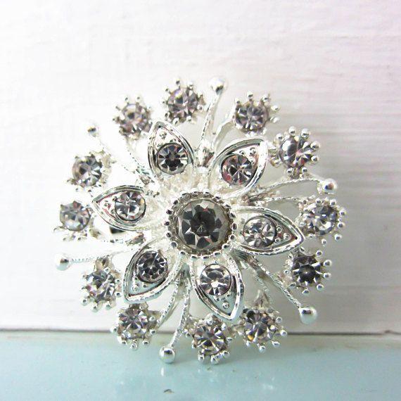 Stunning Flower brooch rhinestone flower brooch flower