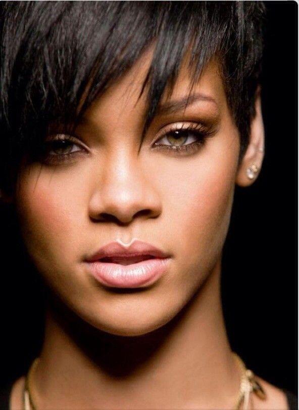 #Rihanna,Rihanna,celebrity