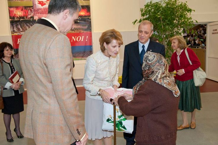 Romanian Royal Family - events to celebrate the 92nd birthday of King Michael and his name day.