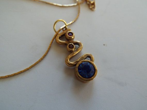 Hey, I found this really awesome Etsy listing at https://www.etsy.com/uk/listing/273781468/vintage-patricia-locke-pendant-necklace