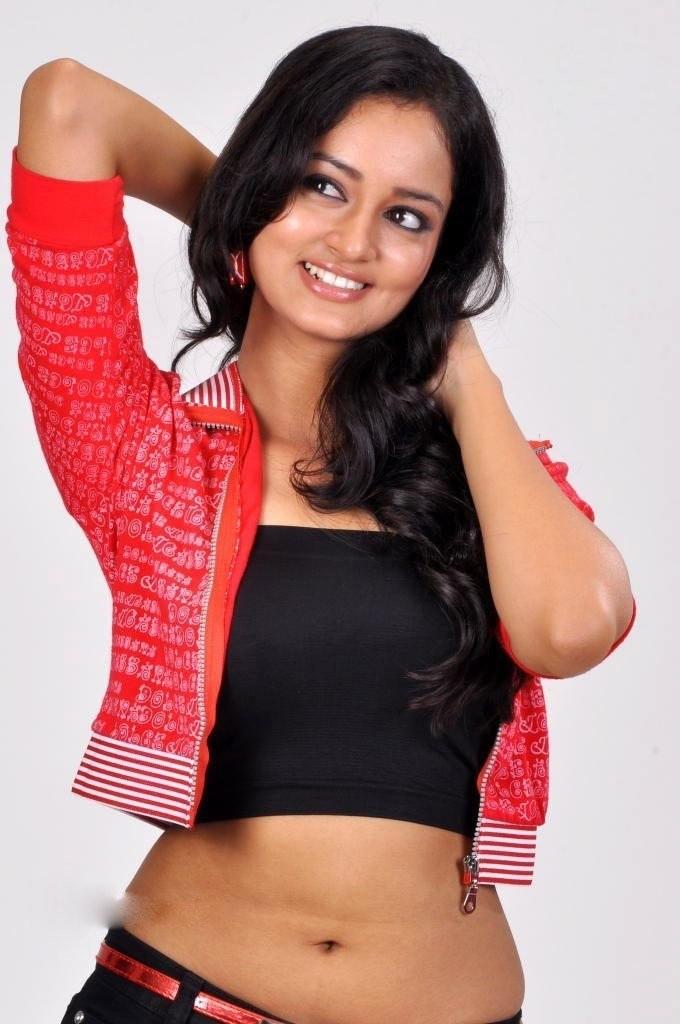 Shanvi navel stills