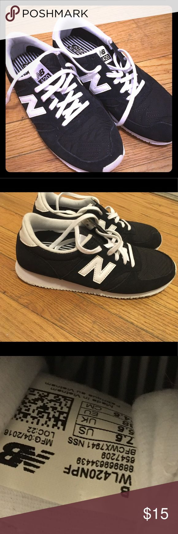New balance 420 women's sneakers Only worn a few times and bought new. Some minor wear on the soles and interior. Good used condition, see photos for details! New Balance Shoes Sneakers