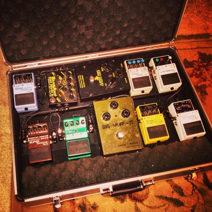 ultimate bass pedal board gear pinterest bass. Black Bedroom Furniture Sets. Home Design Ideas