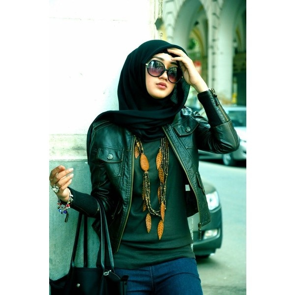 HIJAB FASHION ❤ liked on Polyvore