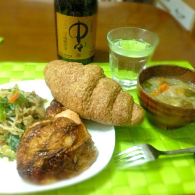 本日の晩餐 空腹だったので〜珍しく夜遊び前に夕食  鳥の丸焼きで満腹(≧∇≦) - 32件のもぐもぐ - レチヨン マノック by manilalaki