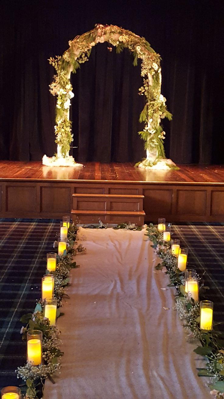 The Century Theater at the historic Gem Theatre on Madison Avenue in downtown Detroit, provides an intimate setting for weddings or special events. The theatre boasts ornate Spanish Revival and Ar...