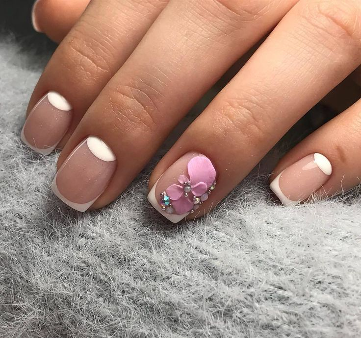 Accurate nails, Fashion nails 2018, French manicure ideas, Gentle short nails, Half-moon nails ideas, mix match nails, modeling nails, Spring nails 2018
