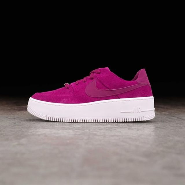 new concept 7aef7 b32f9 Nike Wmns Air Force 1 Sage Low - AR5339-600 •• Restock på Sage i färgen  True Berry. Finns nu på www.footish.se  nike  airforce1sage  footish • Link  in bio •