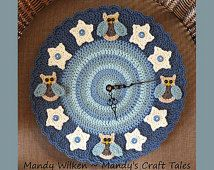 Crochet clocks