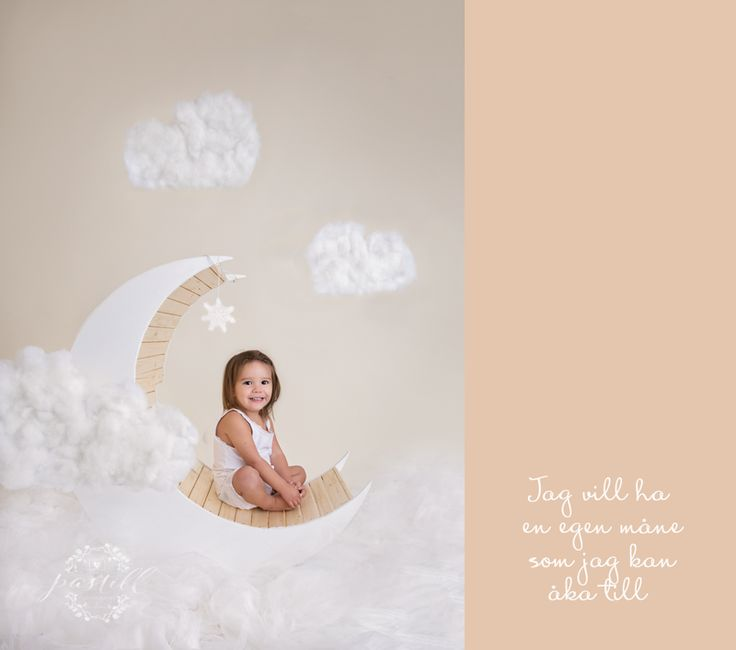 diy moon props newborn and toddler photography ideas http://www.pastill.nu/
